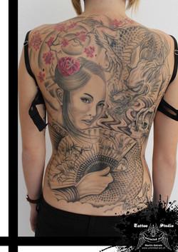 "black & grey ""geisha & dragon"""