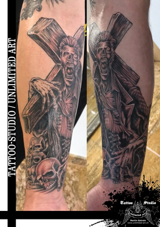Totenköpfe, Zombie mit Kreuz Unterarm Tattoo / Skulls, Zombie With Cross Forearm Tattoo
