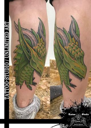 Farbtattoo / Drache Girly Tattoo // Colour Tattoo / Dragon Girly Tattoo