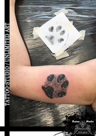 Hundepfote Tattoo /Dog Paw Tattoo