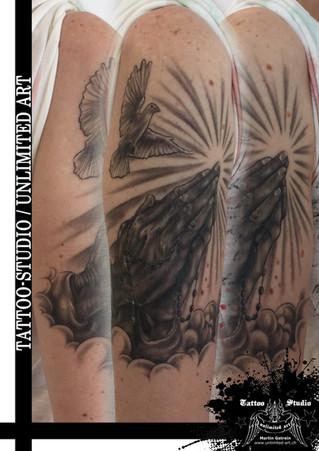 Betende Hände Tattoo / Praying Hands Tattoo