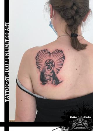 Andenken Tattoo / R.I.P. Tattoo / Mädchen Tattoo / Schulterblatt Tattoo // Keepsake Tattoo / R.I.P.