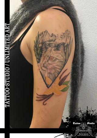 Andenken Tattoo/R.I.P. Tattoo/Mädchen Tattoo/Oberarm Tattoo/Katze Tattoo/Keepsake Tattoo/ Cat Tattoo
