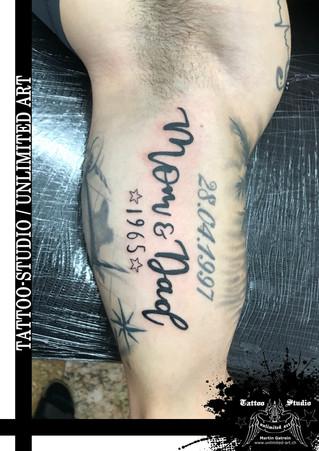 Mom & Dad Schrift Tattoo / Mom & Dad Font Tattoo