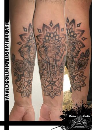 Abstrakter Elefantenkopf Tattoo/Mandala & Rosen Tattoo/Unterarm Tattoo/Abstract Elephant Tattoo