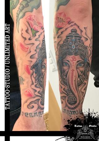 Ganesha Tattoo - Farbtattoo - Unterarm Tattoo // Ganesha Tattoo - Colour Tattoo - Forearm Tattoo