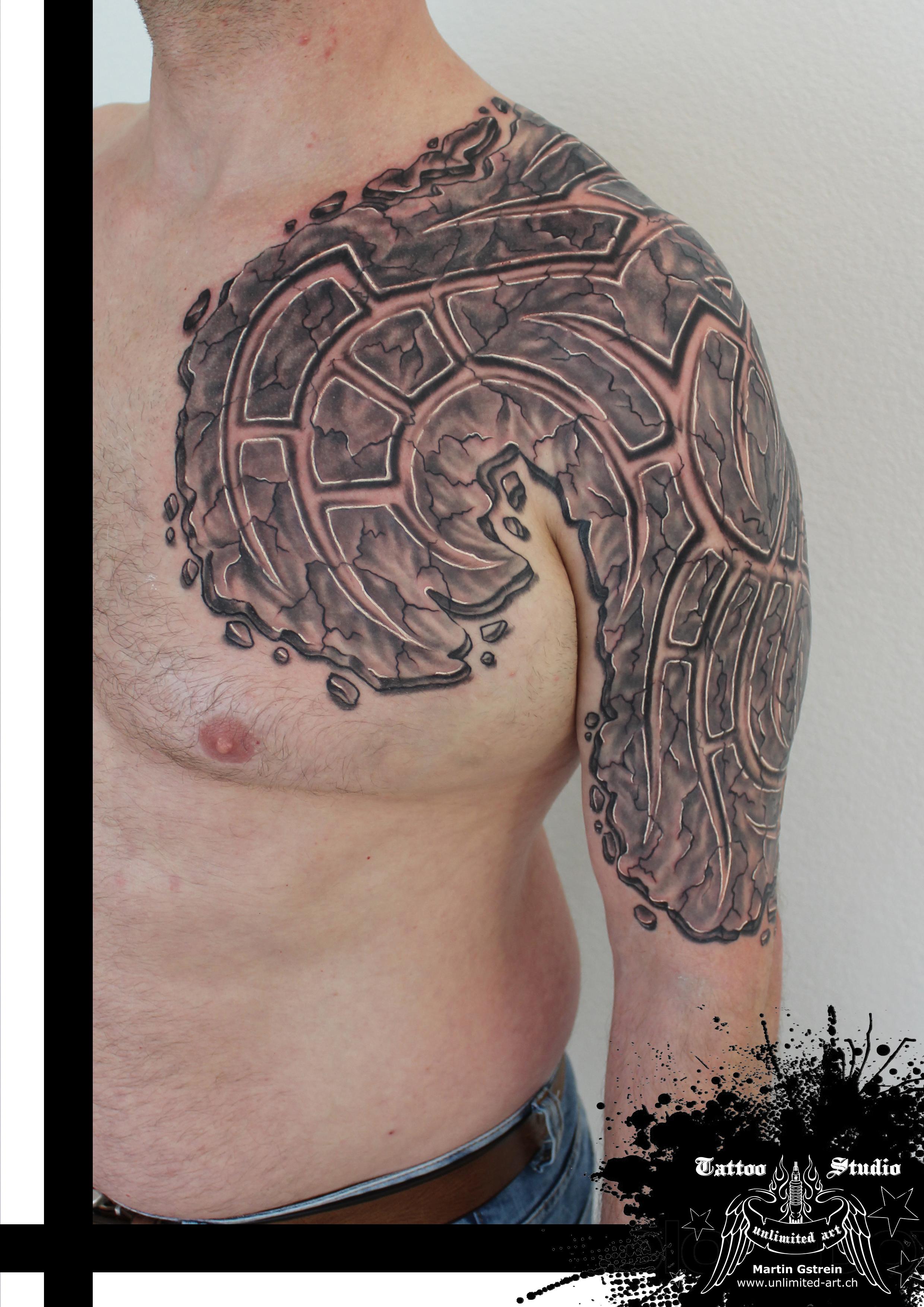 "black & grey ""3D tribal"""