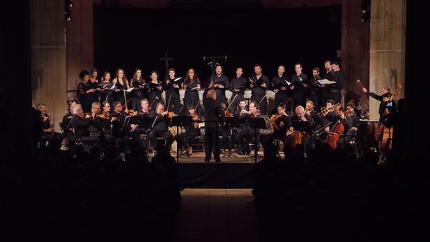 Choeur et orchestre ArtenetrA 2018.png