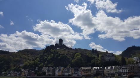 Die Burg macht - wie fast immer - einen guten Eindruck.