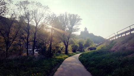 Weg von Valwig