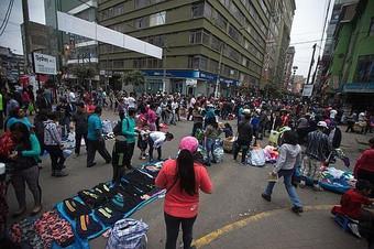 La Victoria: Ambulantes regresan al emporio comercial Gamarra