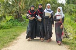 2018 Girls walking to class