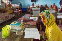 2018 Girls Studying
