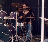 mo%20drums_edited.png