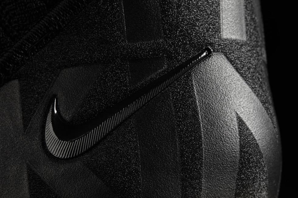 Nike_06_highres.jpg