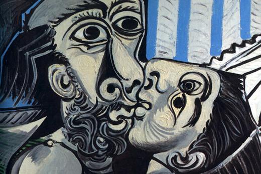 El beso cubista de Picasso.
