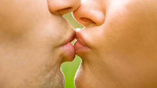 Beso palpitante.