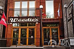 woodies bifolds w_logo.jpg
