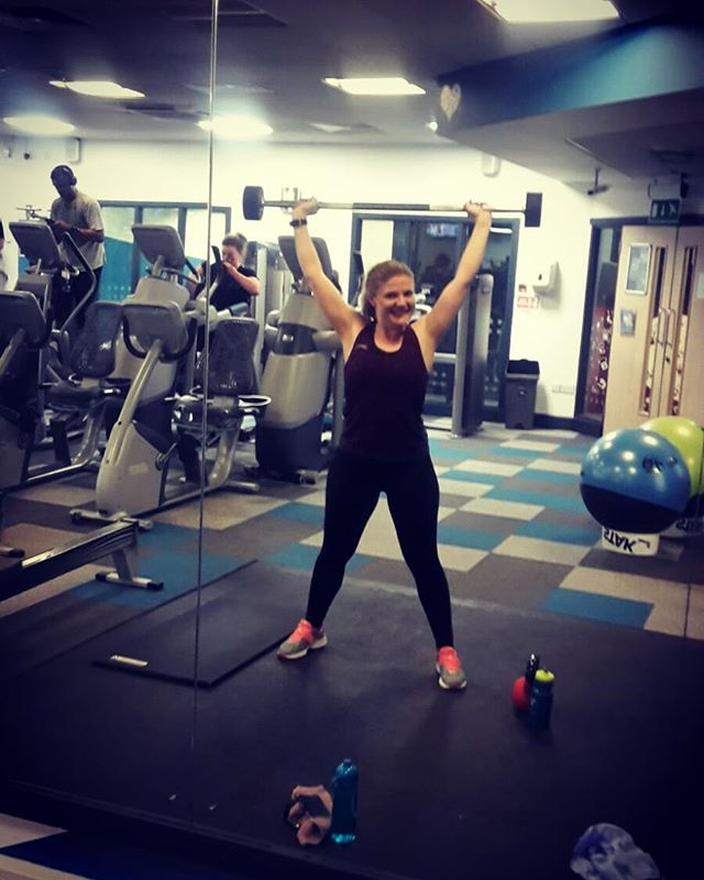 Mucking about in the gym with my gym buddy whilst I should have been doing squats #thegirlgains #fitfam #weights