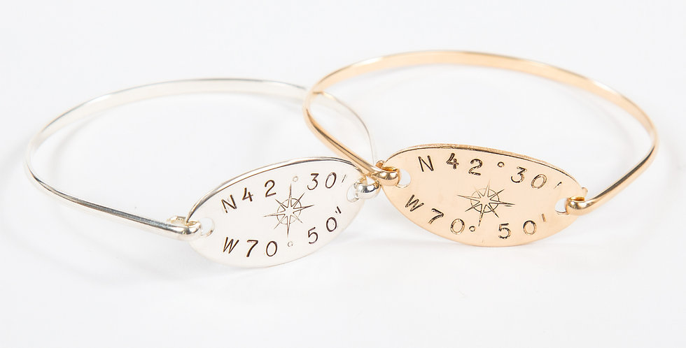 Horizon Compass Rose Hook Bangle