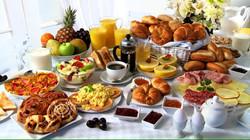 403203538-piatto-freddo-uova-strapazzate-macedonia-cornflakes