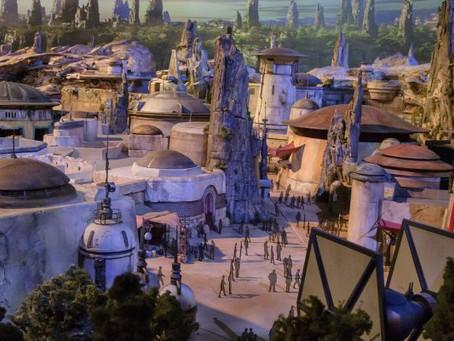 """Bem vindos a nova área da Disney, a """"Star Wars: Galaxy's Edge""""."""