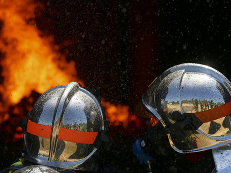 Calendrier 2021 : Vos commerçants de proximité au secours des Pompiers de Saint-Médard-en-Jalles.