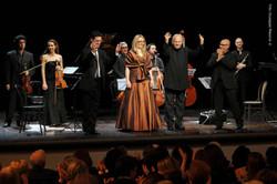 In concerto al Teatro Brancati