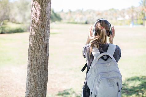 שירי מסע ומחשבות על מוזיקה