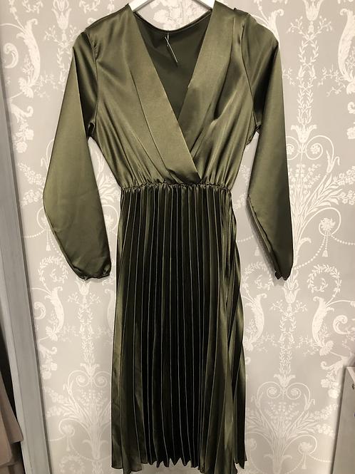 Olive dress one size