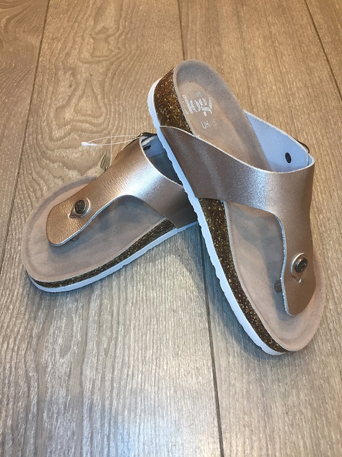 Leather Sandal in Rose Gold