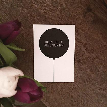 Postkarte HERZLICH, Vorderansicht, Love is the new black