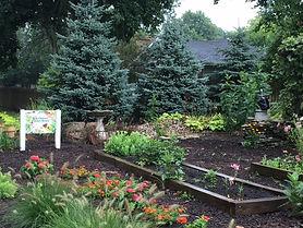 garden pic.JPG