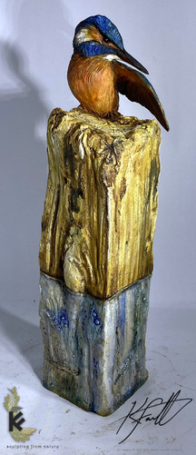 king fisher on ceramic post 1.jpg