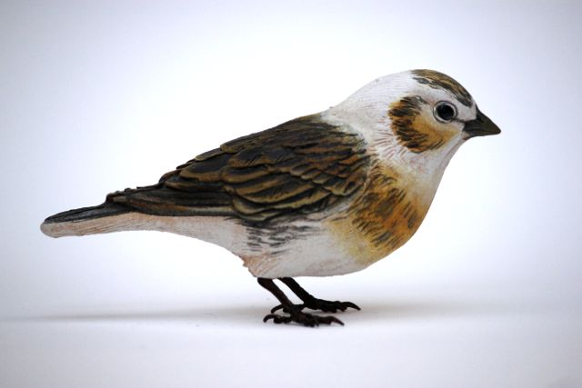Bird Sculpture - snow bunting