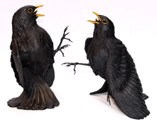 Bird Sculpture - Blackbirds fighting