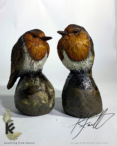 Robin on a rock (ceramic)