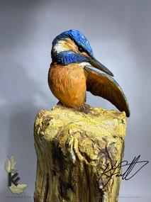king fisher on ceramic post 2.jpg