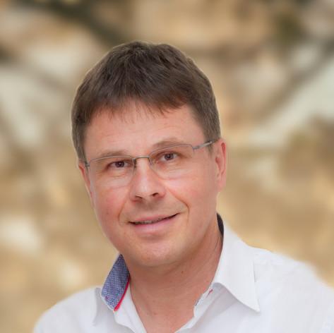 Dr. Frank Wollenhaupt