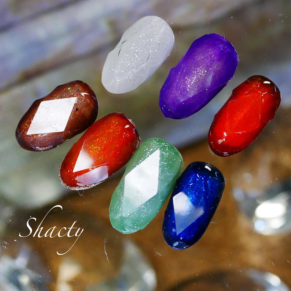 宝石ネイル