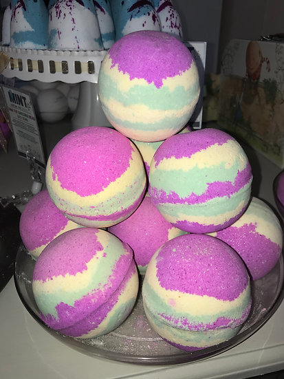 The Refresher Bath Bombs - Pack of 6