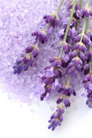 3kg Luxury Bath Salts - Lavender Essential Oil with Dried Lavender. 1kg