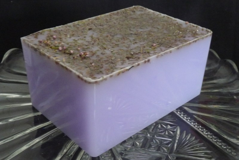 600g Handmade Soap Loaf - Ylang Ylang Essential Oil with Heather Flowers