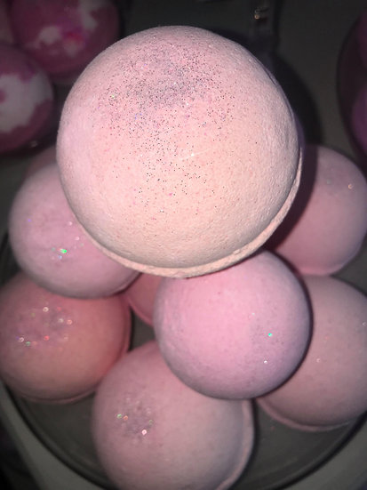 """Smells Similar"" Miss Coco Bath Bombs - Pack of 6"