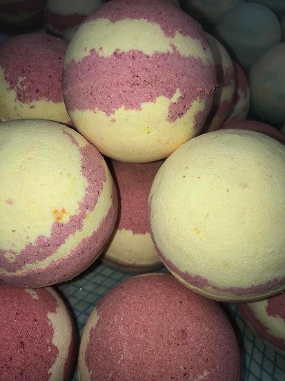 Strawberry Jam & Banana Smoothie Bath Bombs - Pack of 6