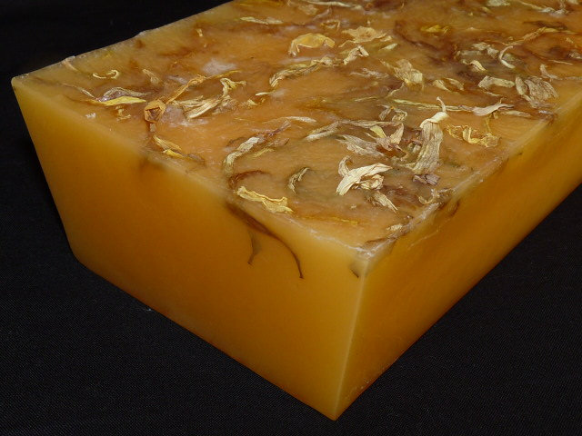 600g Handmade Soap Loaf - Patchouli Essential Oil with Calendula