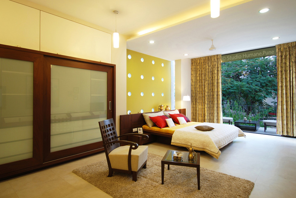 18  master bed room with balcony.jpg