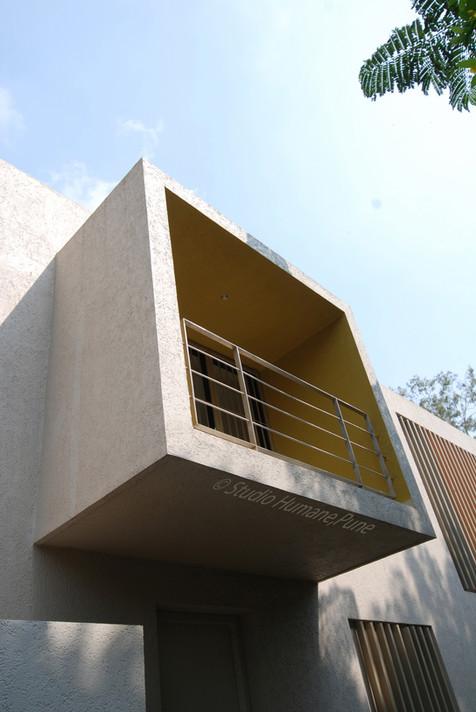 study balcony 1.jpg