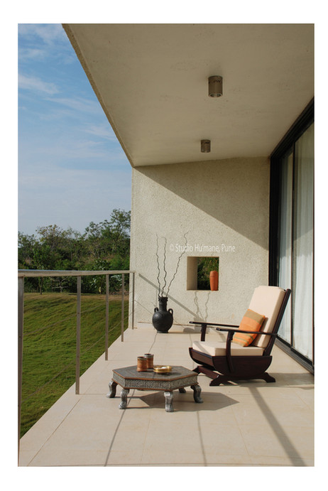 6 - the cantilevered viewing deck (2).jp