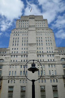 1024px-Senate_House_Library_Tower.jpg